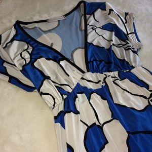 Tops - Vibrant Flower Print Tunic w/Cap Sleeves